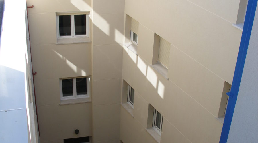 Rehabilitación patio y fachada